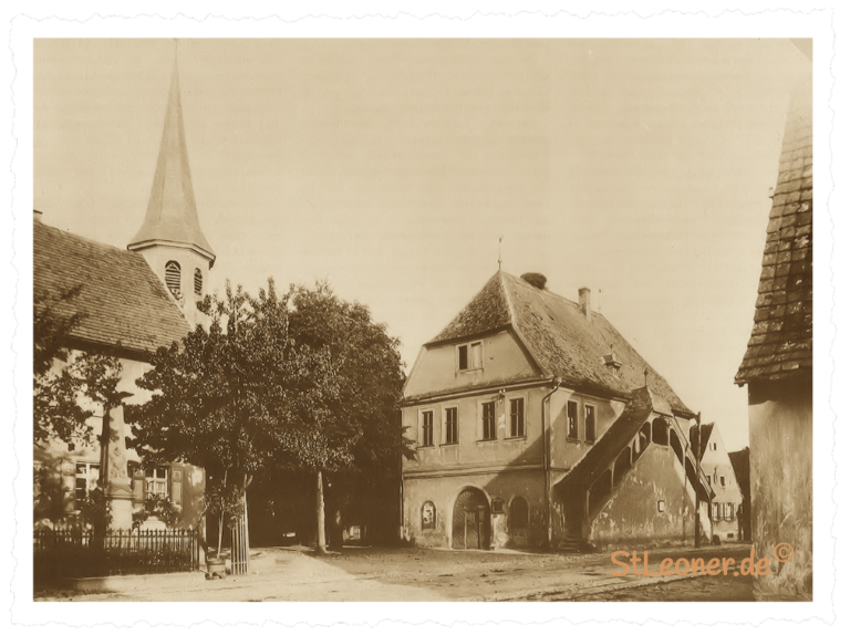 Altes Rathaus mit Kirche